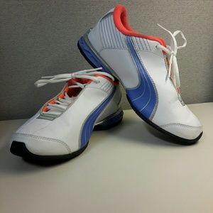 👟 Puma sneakers *like new*